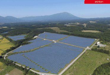 岩手県|雫石太陽光発電所建設工事・アレイ基礎架台工事